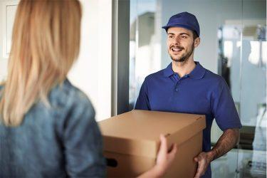越境ECで商品を配送する方法とは?配送会社選びのポイントや注意点も解説